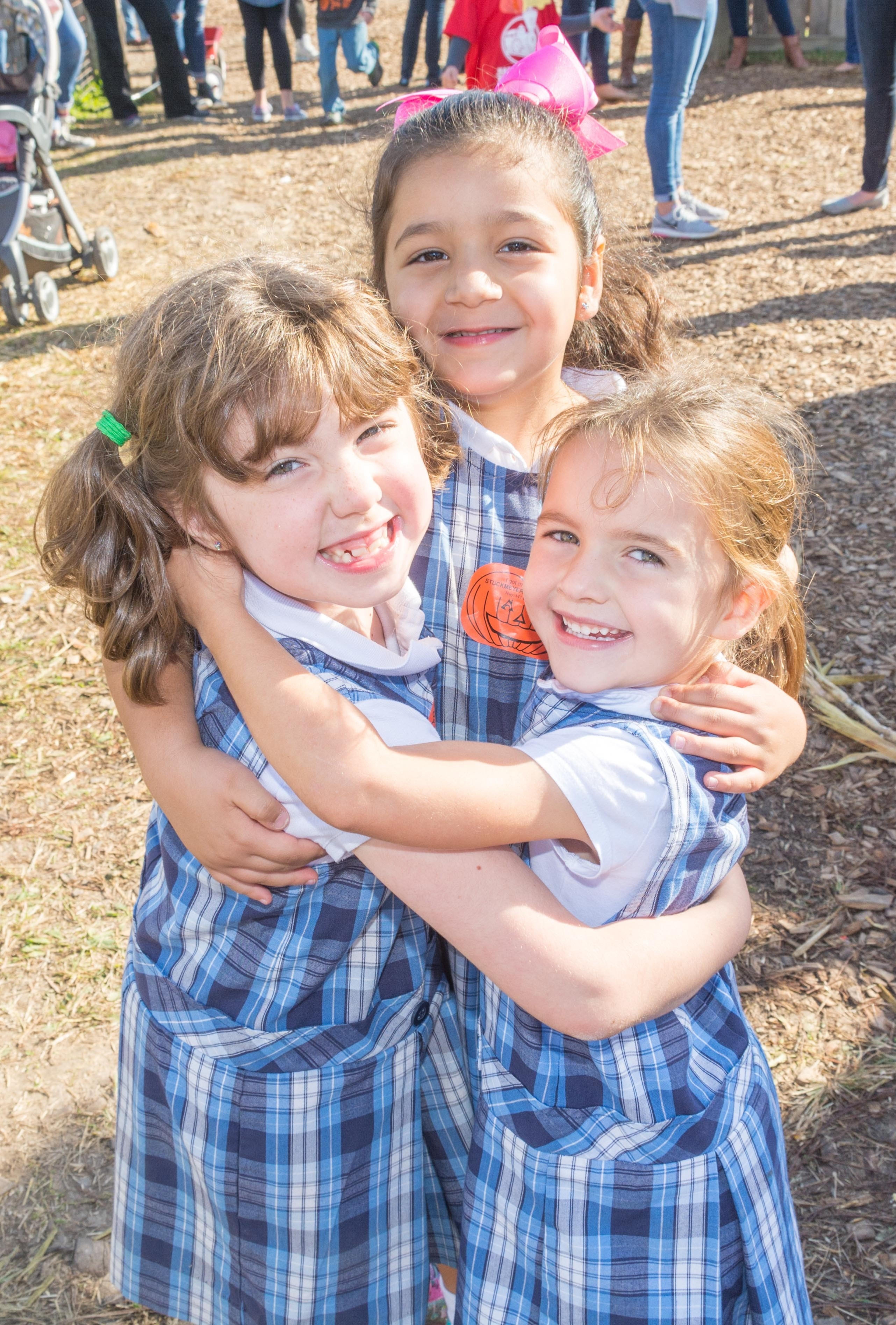 3 Girls Hug Pic